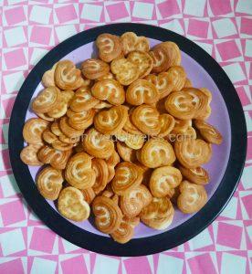 Review Monde PieBis Rasa kacang almond